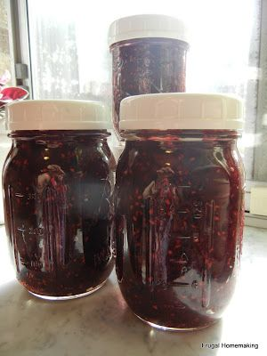 Frugal Homemaking: Blackberry Freezer Jam I have so many blackberries at the new house!