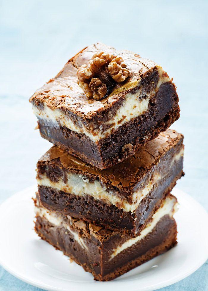 Tipico dolce bostowniano, i Brownie con crema di formaggio e noci. #foodporn #toomaki #chocolate