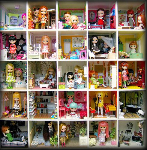 Dollhouse Miniature Furniture Store In Texas