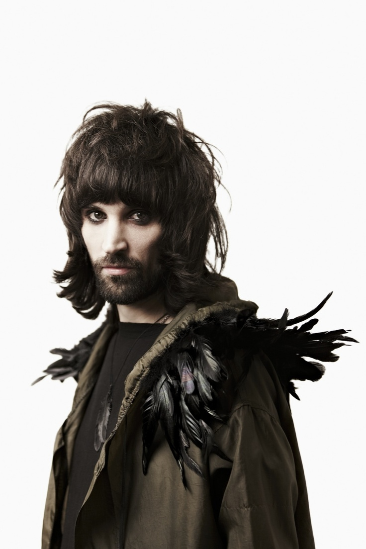 Dower & Hall- Kasabian's Serge, Indie rock style • Feather collection