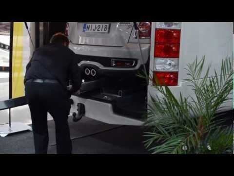 Cool RV garage for Mini Cooper! -- Matkailuauton talli, joka on mitoitettu Minille!  www.caravanuutiset.com