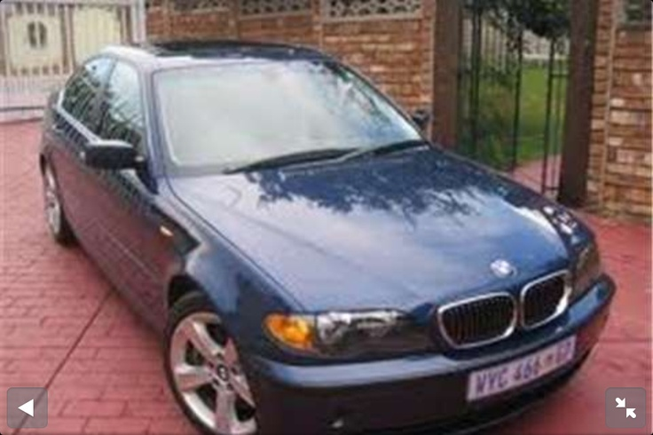 BMW E46 318 Royal Blue with sunroof. Around 2000. Whoops I dropped the gearbox.