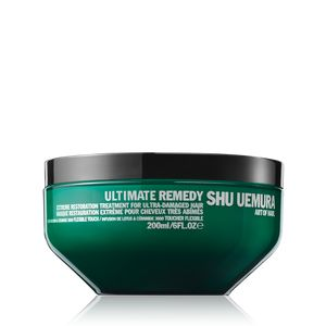 Masque treatment for damaged hair that nourishes and smoothes the hair fiber, restoring the hair fiber from within.