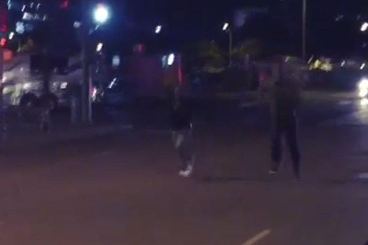 "While most people are sleeping at 1 a.m., Kevin Hart is challenging NFL running backs to footraces.   According to the caption, Hart is in Texas for his ""What Now"" comedy tour, and  Minnesota Vikings  running back  Adrian Peterson  was in attendance..."