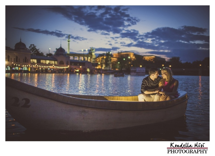 Budapest night boat engagement love session photography on a lake blue hour