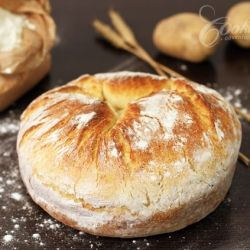 Rustic Potato Bread- They say its easy to make and tastes awesome. >> Must try!