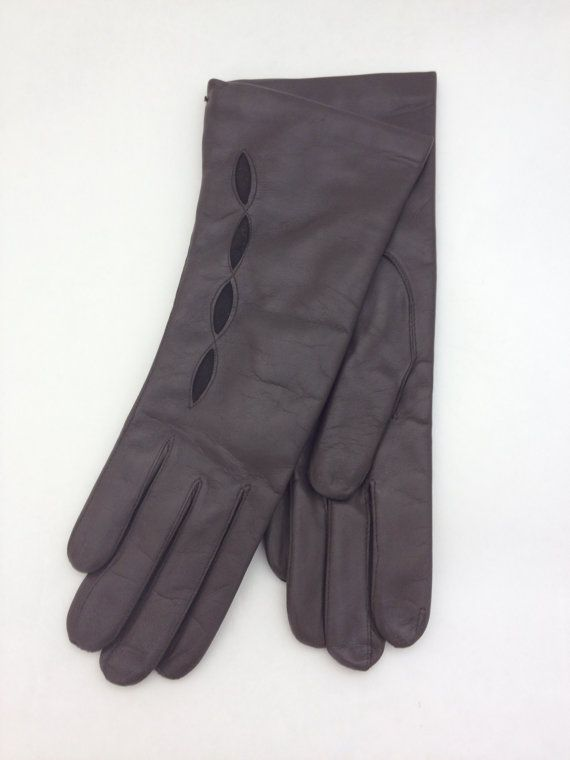 Genuine dark brown leather gloves for women. by BeFur on Etsy, €34.50