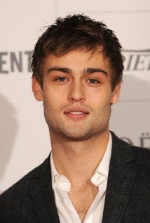Douglas Booth Picture