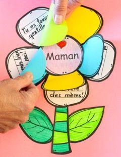 Pour la fête des mères (ou grand-maman ou une tante). Jolie carte avec plusieurs choix, 2 comptines, petit livre, activité pour atelier...