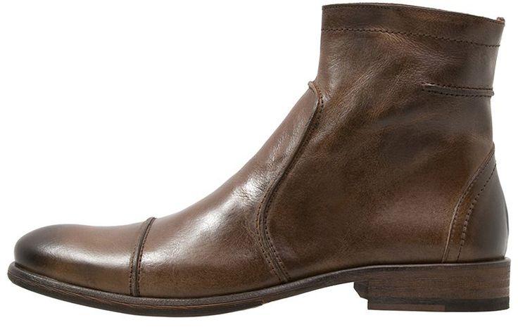 Enkle og elegante mørkebrune herrestøvler