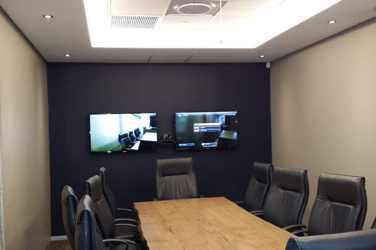 Polycom HDX Video Conference Room with Ceiling Microphone Array
