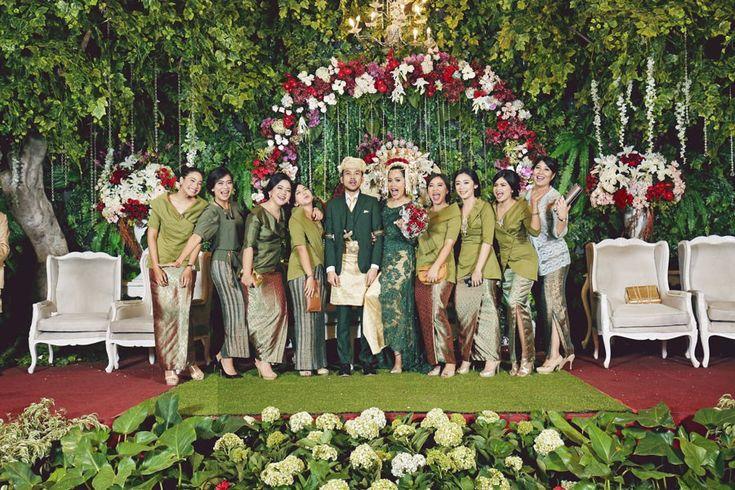 Pernikahan Adat Minang Muthia dan Jagat di Jakarta