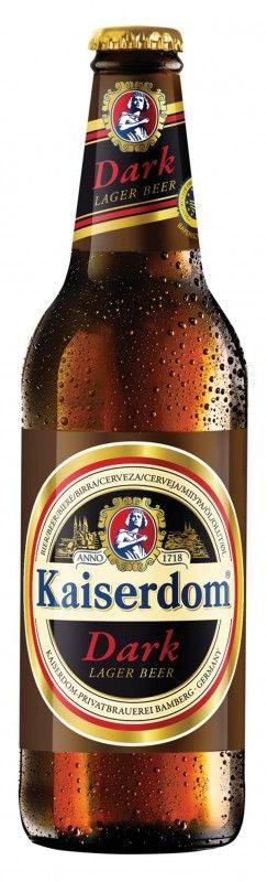 Cerveja Kaiserdom German Dark Lager, estilo Schwarzbier, produzida por Kaiserdom Privatbrauerei, Alemanha. 4.7% ABV de álcool.