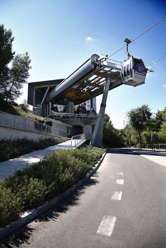 http://www.archdaily.com/389377/new-montjuic-cable-car-stations-forgas-arquitectos/