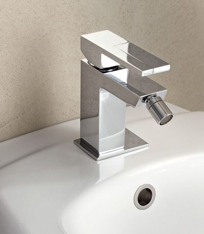 AR38 - Design Angeletti & Ruzza - Fantini #design #fantini #fratellifantini #fantinirubinetti #rubinetto #faucet #rubinetti #faucets #homeideas #bathdesign #madeinitaly #italia #italy #bidet