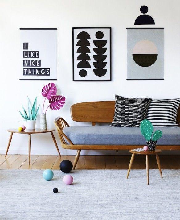 Mid Century Modern Sofa | via Turbulences Déco