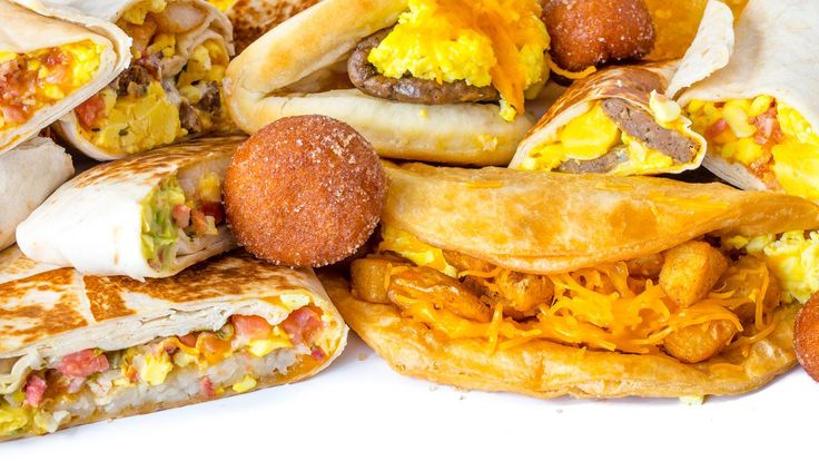 Every item on the Taco Bell breakfast menu, ranked