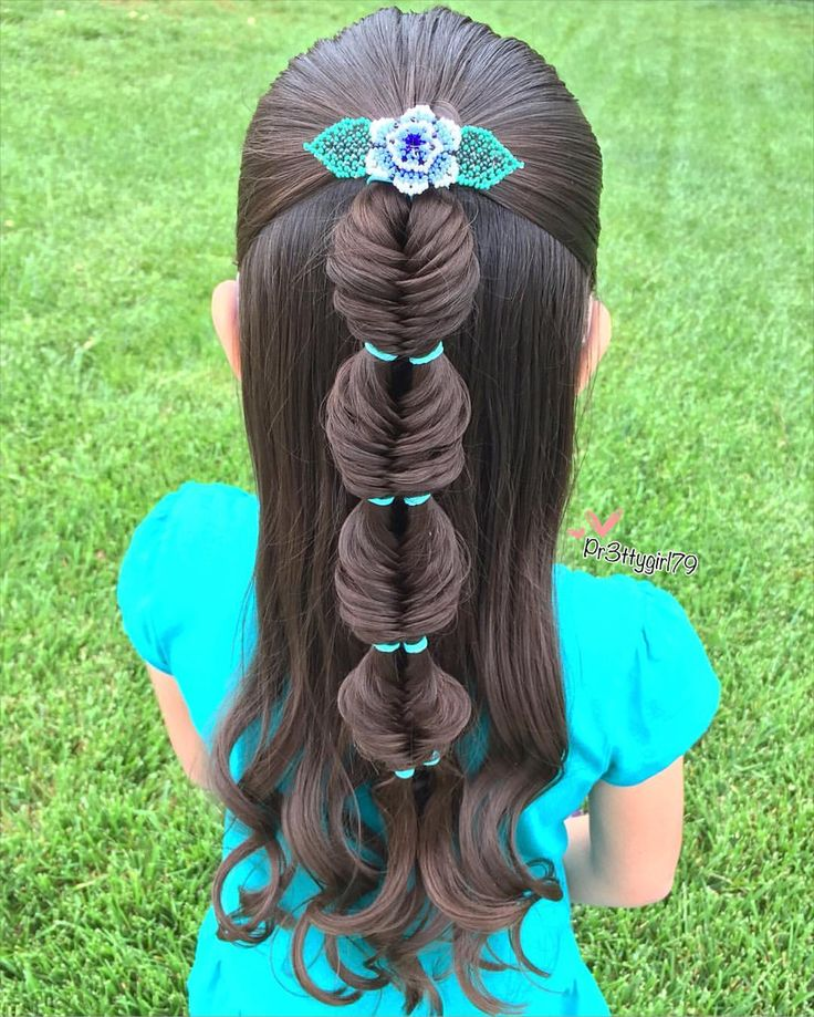 #doublebubblefishtail inspired by lovely Inge @vlechtidee  she has a great video tutorial for this beautiful braid, make sure to check it out. #pr3ttyhairstyles  #braidsforlittlegirls  #CGHDoubleBubbleBraid