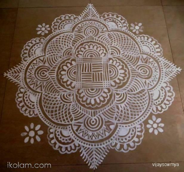 A freehand kolam, for Tamil new year. By Sowmyavijay - ikolam.com