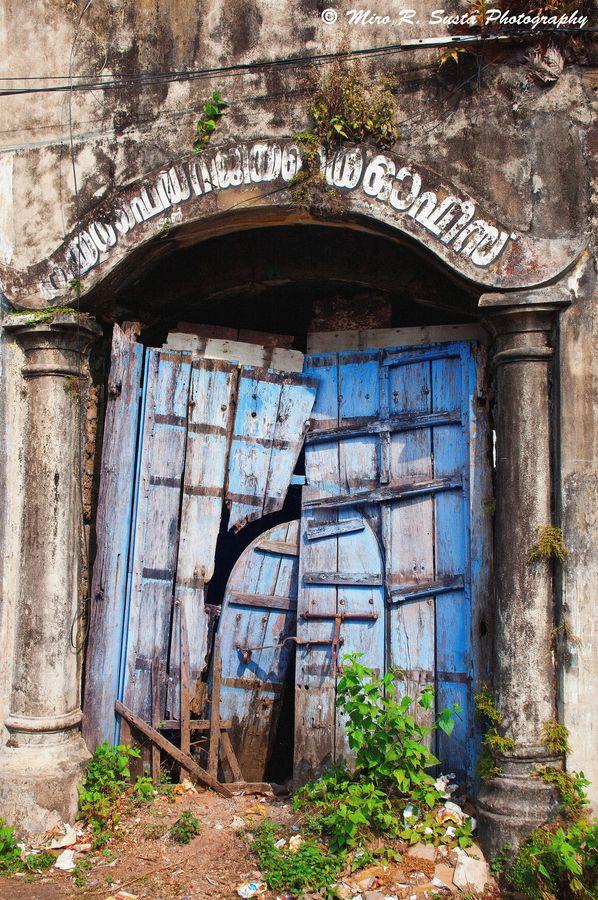 Old door from Fort Kochi in Karala