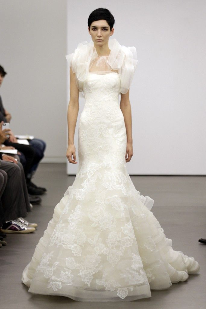 Superb Vera Wang Bridal Fall