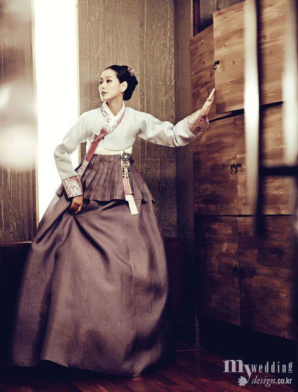 한복 hanbok, Korean traditional clothes: Photo