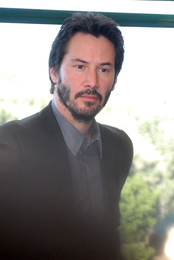 Keanu is everyone keanu reeves pictures - Keanu Reeves Dunno What Event This Is But He S Looking Lovely