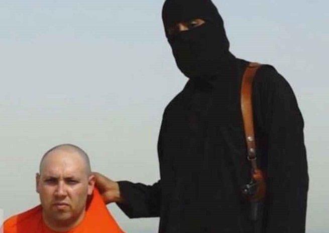 """I jihadisti dell'ISIL decapitano il giornalista Steven Sotloff.Il boia: """"Obama sono tornato"""""""