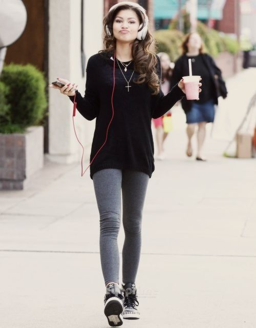 Headphones Shoes Clothes Love Zendaya Fashion Pinterest Black Sweaters Zendaya And Style