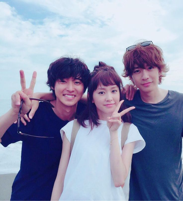 "[New web ad, 06/06/16] https://www.youtube.com/watch?v=e0wuJ2_510A or [web ad, Official site] http://www.fujitv.co.jp/sukinahitogairukoto/ Mirei Kiritani x Kento Yamazaki x Shohei Miura x Shuhei Nomura, J drama ""Sukina hito ga iru koto"", Jul/11/2016"