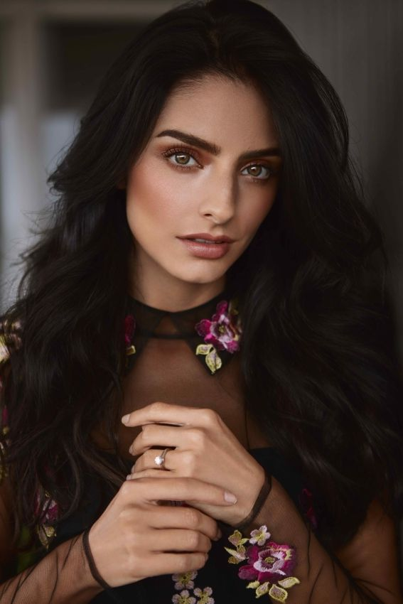 Aislinn Derbez By Djamel Boucly For Instyle Mexico April Cover Story #djamelboucly #Aislinnderbez