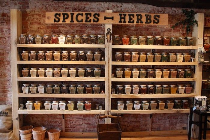 grandes étagères à épices en bois vintage pour idee deco cuisine