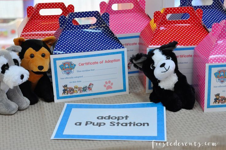 Paw Patrol party ideas and free paw patrol birthday party printables. Check out these awesome ideas for cupcakes, party food, games, party decor
