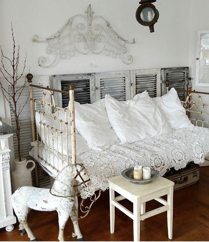 Shabby Chic Vintage Bedrooms: Best 25+ Shabby Chic Bedrooms Ideas On Pinterest