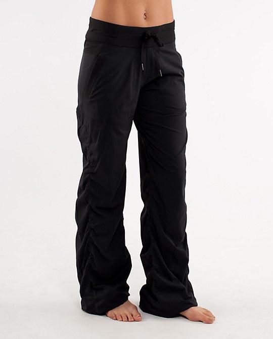 how to wear lululemon studio pants