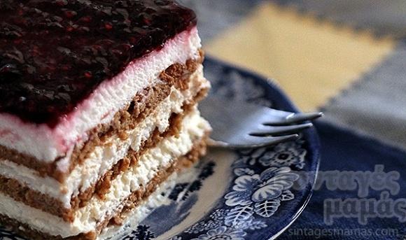 Yoghurt, biscuit and rasberry jam summer sweet