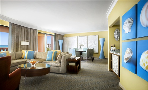 Royal Towers Grand Suite
