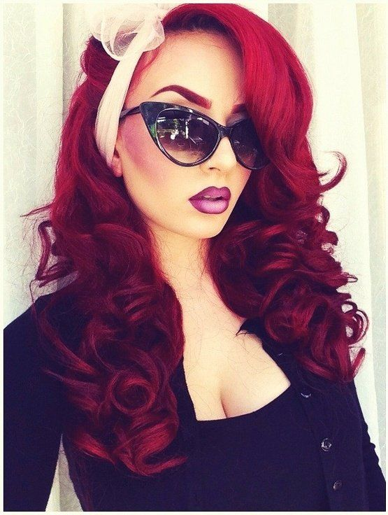 red hair --- love her style too!  Wonder what lipstick that is......   :-)