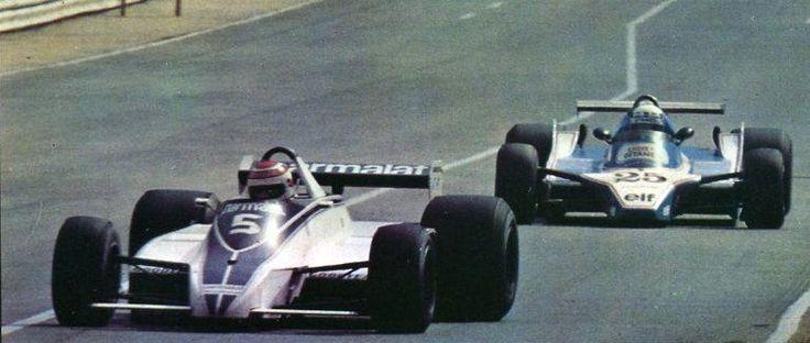 Nelson Piquet devant Didier Pironi - Grand Prix d'Afrique du Sud - kyalami - 1980 - sport-auto mars 1980.