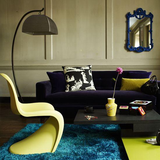 Retro Living Room - Minimalist Home Design
