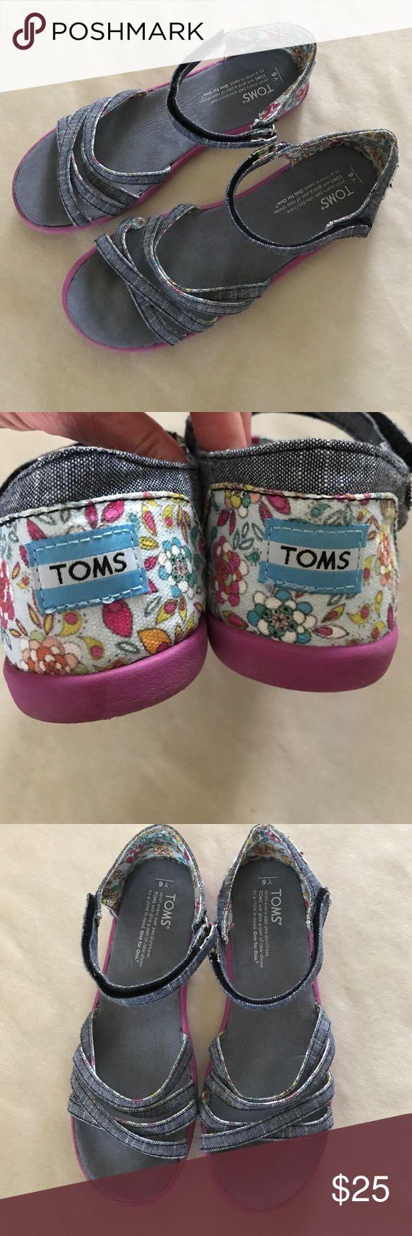 TOMs denim sandals Y6 Youth 6, gently used.  Bundle for a discount! TOMS Shoes Sandals & Flip Flops