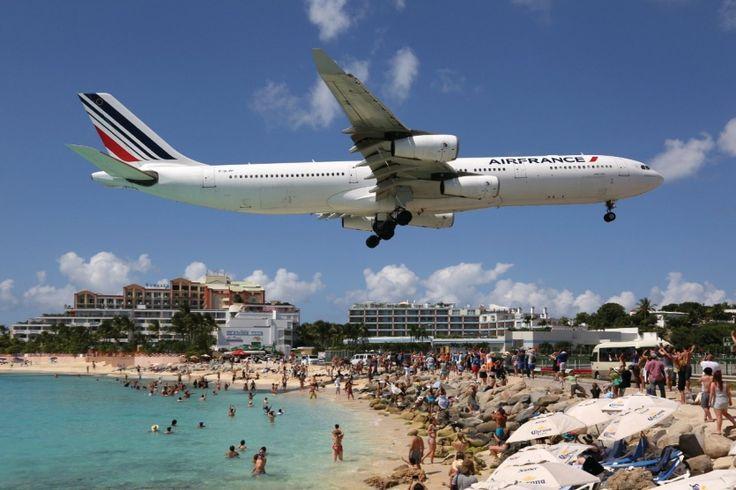 Top 10 des aéroports les plus spectaculaires du monde : Magazine Saint-Barthélemy maho beach st martin