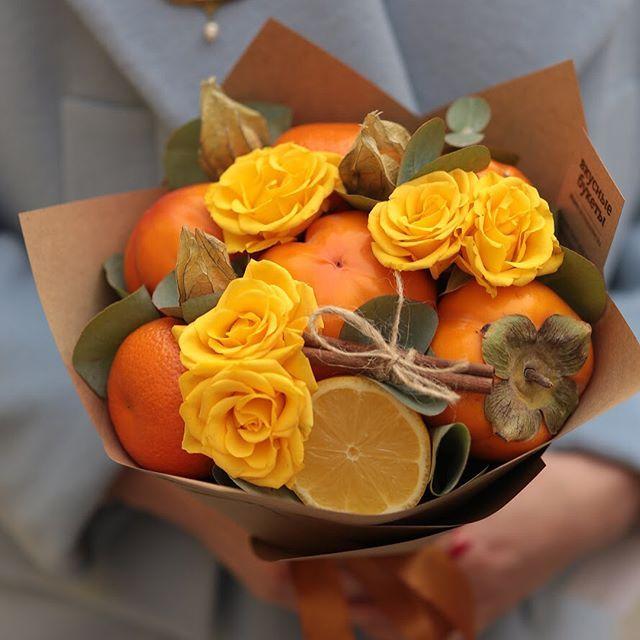 Яркий малыш с хурмой и мандаринами#vkusniebuketi #veganfood #букетизфруктов
