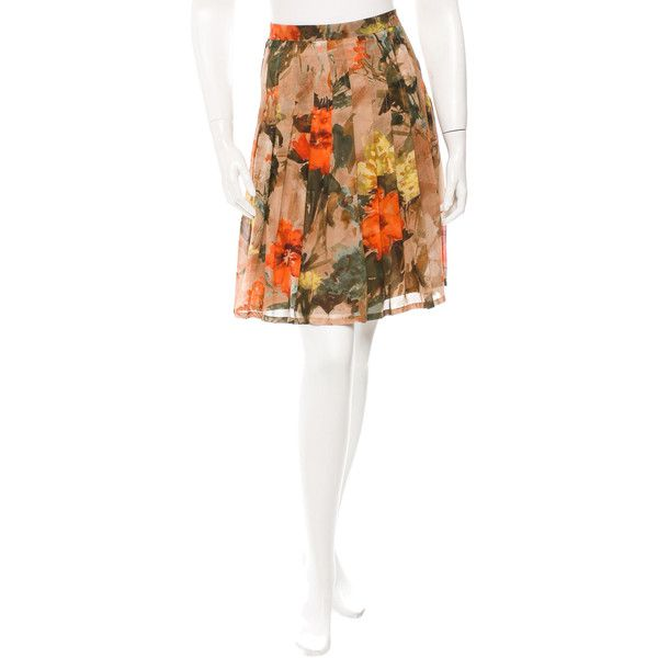Pre-owned Burberry Silk Pleated Skirt ($95) ❤ liked on Polyvore featuring skirts, brown, multi colored skirt, pleated skirt, white silk skirt, multi color skirt and silk pleated skirt