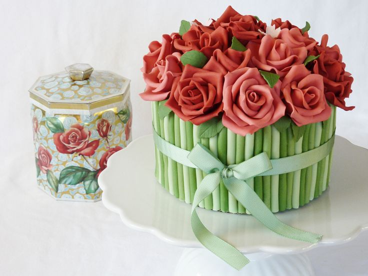 """Rose bouquet cake - With inspiration from a vintage tin jar I made cake and cake balls on the theme """"recycling"""" for a local garbage calender (!)."""