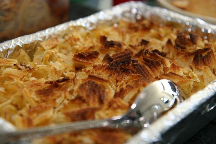 elle's tuna noodle casserole with ruffles potato chips