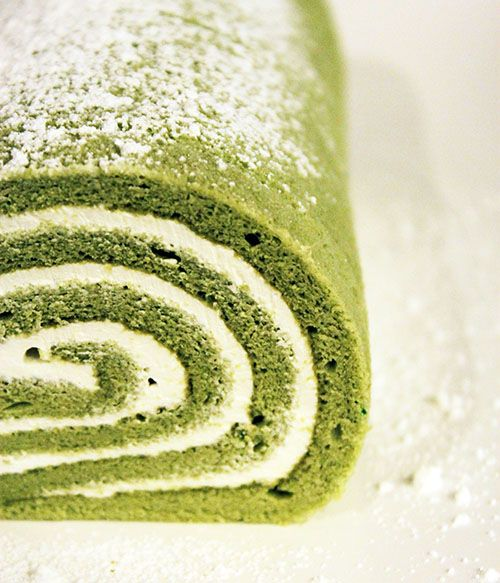 Green Tea Swiss Roll with Sweetened Whipped Cream