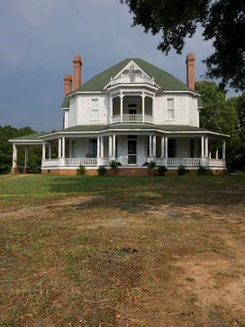 Beautiful old home used in Walking Dead