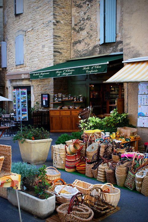 http://inredningsvis.se/provence-summer-dream-away/  Provence: Outdoors
