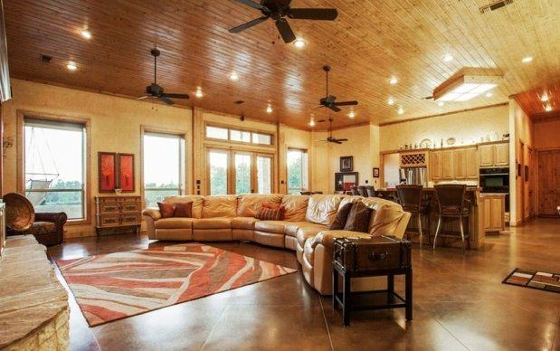 barndominium interior pictures barndominiums we wanna live in a barn pinterest